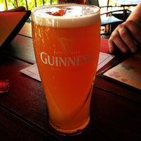 Das Foto wurde bei Ned Devine's Irish Pub & Sports Bar von Caitrin Mary D. am 10/4/2013 aufgenommen