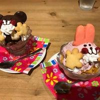 รูปภาพถ่ายที่ All C's Cafe โดย chang S. เมื่อ 9/17/2017