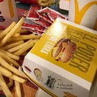 12/22/2017에 Ceci M.님이 McDonald's에서 찍은 사진