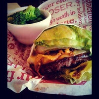 Photo taken at Red Robin Gourmet Burgers by Kurt C. on 4/15/2013