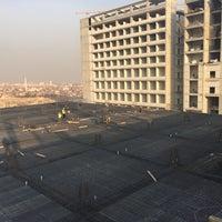 Photo taken at N.E. Üniversitesi Hastanesi İnşaat Alanı by Osman D. on 12/10/2015