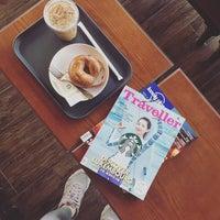 Photo taken at Starbucks by Ryu E. on 5/3/2017