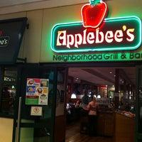 Foto tirada no(a) Applebee's por Ana Cristina Mokdeci®  em 1/24/2013