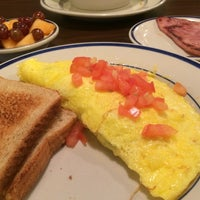 Photo taken at Bob Evans Restaurant by Daisy L. on 6/12/2014