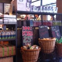 Das Foto wurde bei Starbucks von Ga young am 4/15/2013 aufgenommen