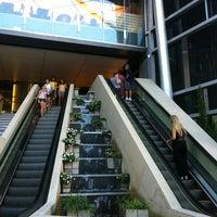 Foto tirada no(a) Recoleta Mall por Hernan G. em 1/18/2013