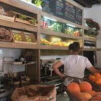 Foto scattata a Escosazio | Juice Bar da Milam M. il 7/16/2017