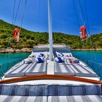 6/13/2014 tarihinde Boat Trips by Captain Ergunziyaretçi tarafından Boat Trips by Captain Ergun'de çekilen fotoğraf