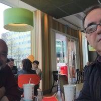 Das Foto wurde bei McDonald's von Receb K. am 4/9/2016 aufgenommen