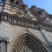 Foto tomada en Restaurant Les Tours de Notre-Dame por Jara D. el 10/30/2017