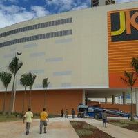 Foto tirada no(a) JK Shopping por Hélio B. em 11/16/2013