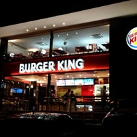Photo taken at Burger King by Hélio B. on 9/10/2013