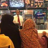 Photo taken at KFC by Ivan I. on 7/7/2016