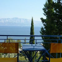 Foto tirada no(a) Nimfes Lefkada Rooms & Apartments to let por Georgios K. em 6/14/2014