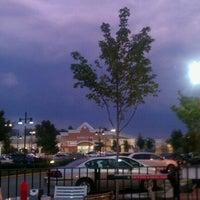Photo taken at Johnny Rockets by Alesha K. on 9/22/2012