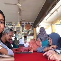 Photo taken at Restoran RZ Klasik by amirah r. on 1/3/2016