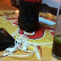 Photo taken at Restaurante e Pizzaria Água na Boca by Anderson F. on 9/25/2014