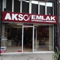 Photo taken at Aksoy Emlak by Çağkan Y. on 4/28/2016