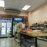 Photo taken at โรงเรียนสาธิตนวัตกรรม มหาวิทยาลัยเทคโนโลยีราชมงคลธัญบุรี by K-Tãtãr K. on 9/6/2017