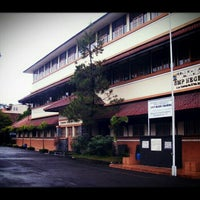 Photo taken at SMP Negeri 1 Bandung by Ananda I. on 5/20/2013