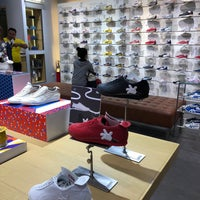 Photo taken at Onitsuka Tiger by Chingcup W. on 4/9/2018