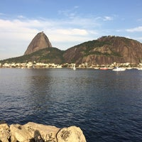 Foto tirada no(a) Curvão Aterro Flamengo por Lenara H. em 8/31/2014