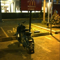Photo taken at McDonald's / McCafé by Arif F. on 9/13/2015