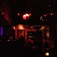 Photo prise au Electric Room par Usewordswisely le10/27/2012