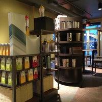 Das Foto wurde bei Starbucks von Daniel S. am 9/1/2013 aufgenommen