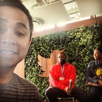 Photo taken at Twitter, Inc. by Esp E. on 6/22/2015