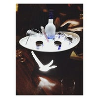 Photo taken at Queens Lounge Bar by Juliana C. on 7/26/2014