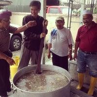 Photo taken at Warung Pak La & Kak Ti by Tian C. on 10/15/2013