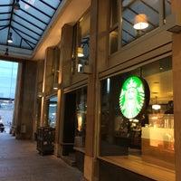 Photo taken at Starbucks by Herocorp83 on 9/16/2014