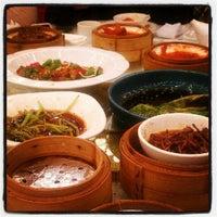 Photo taken at Hubei Samwoo Hotel by Maria M. on 12/22/2012