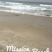 Foto tirada no(a) Mission Beach por Mohammed em 8/28/2017