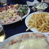 Foto tomada en Restaurant Americano por Daniel R. el 9/20/2014