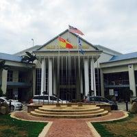 Photo taken at Majlis Daerah Sabak Bernam by asyraf k. on 5/19/2016