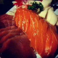 Photo taken at República Sushi by Fabricio S. on 11/6/2014