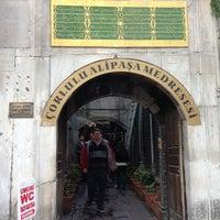 4/21/2013 tarihinde Tugba Y.ziyaretçi tarafından Çorlulu Ali Paşa Medresesi'de çekilen fotoğraf