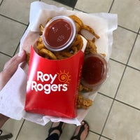 Photo taken at Roy Rogers by Chelsea P. on 10/22/2017