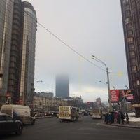 Photo taken at Остановка «Ленинский проспект / Варшавская улица» by Ann K. on 2/29/2016