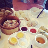 Photo taken at Golden Times Chinese Restaurant by Willy C. on 3/23/2014