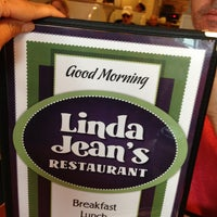 Photo taken at Linda Jean's Restaurant by pappas on 7/12/2013