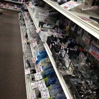 Photo taken at ラジオショック by YAS T. on 12/8/2012