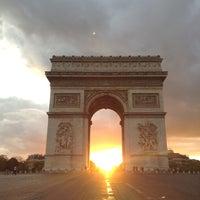 Das Foto wurde bei Triumphbogen von César G. am 5/13/2013 aufgenommen