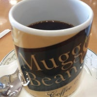 Photo taken at MUGG & BEAN by Closed M. on 10/24/2014
