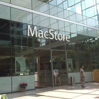 Photo taken at MacStore by Ibn Abbad on 12/14/2012