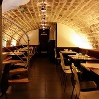 la table du loup - tapas restaurant in paris
