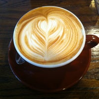 Снимок сделан в Lucid Cafe пользователем Choonghyun L. 2/9/2013