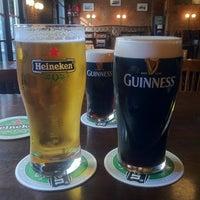 Foto tomada en Dunne's Bar por Michael M. el 11/24/2012